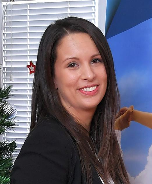 Smiljka Novaković master defektologije - logoped specijalista defektologije - naš tim Logopedski kabinet Novaković, Kragujevac i Svilajnac